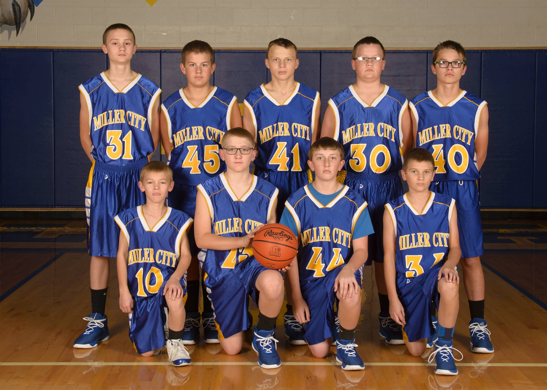 7th Grade Boys Basketball Team Photo